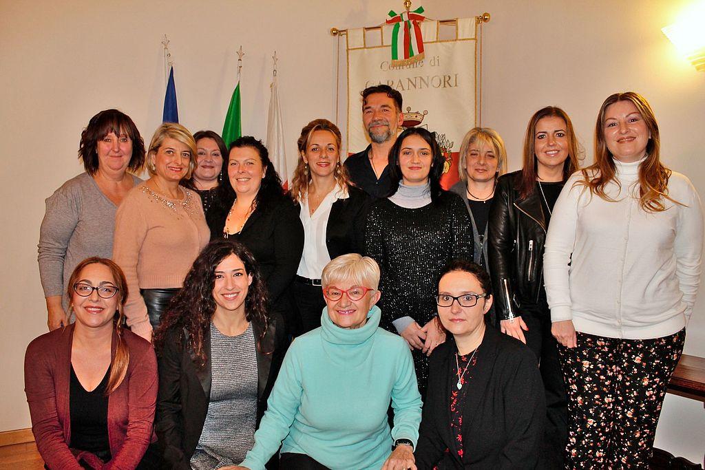 La nuova commissione pari opportunità assieme all'assessore ai diritti Serena Frediani e al presidente della commissione consiliare diritti, Marco Bachi