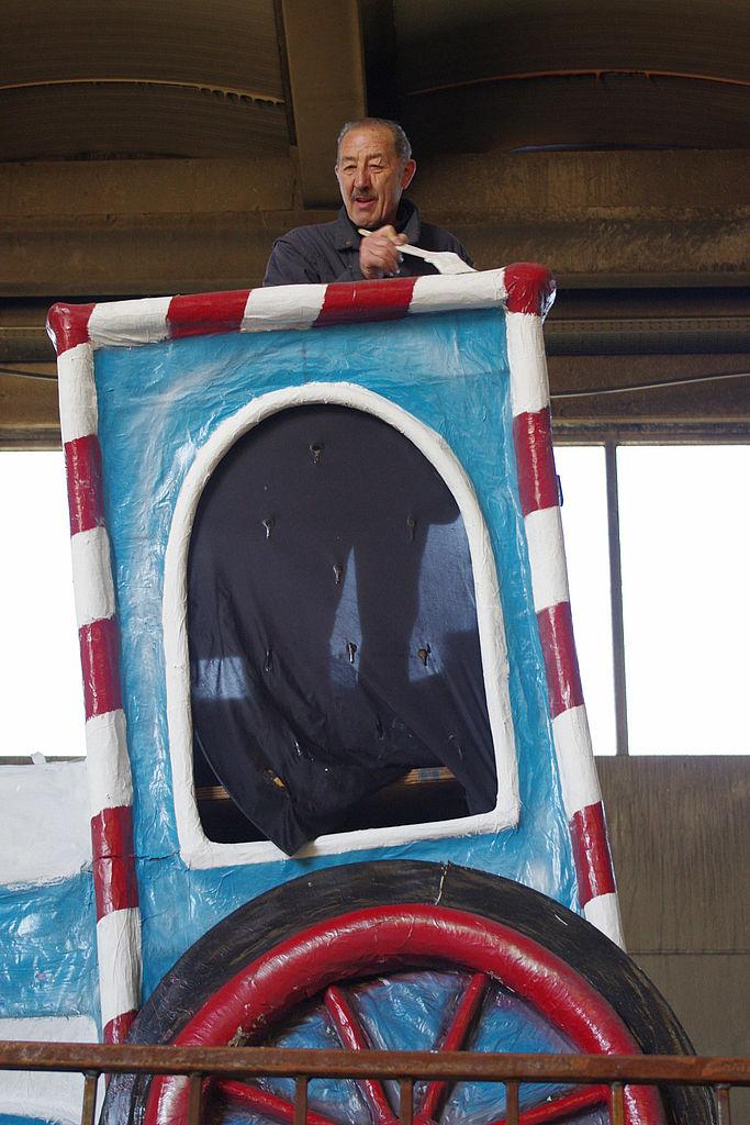 Un carrista del CarnevalMarlia all'opera