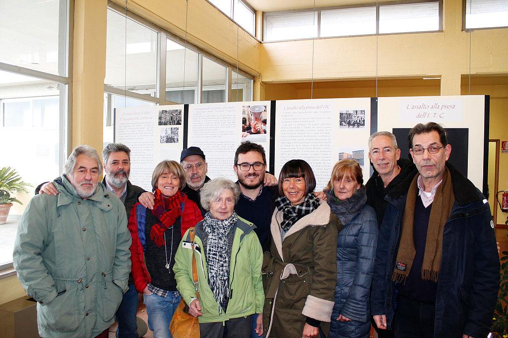 L'assessore Cecchetti assieme ai curatori della mostra ed alcuni contributori