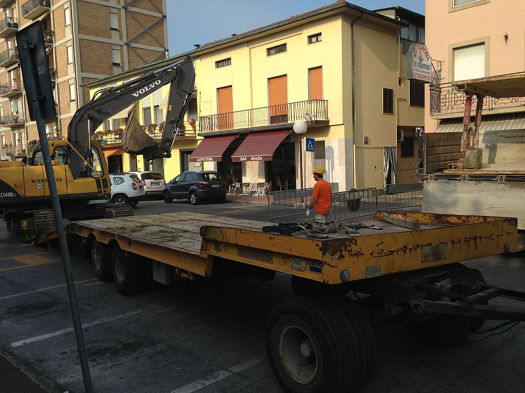 Lavori in via Carlo Piaggia